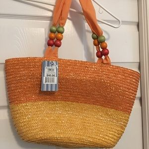 Straw bag with canvas liner